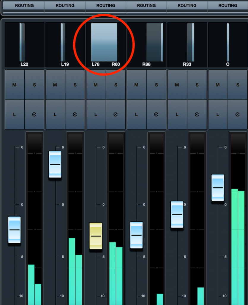 Screenshot of the Cubase Stereo Combined Panner.