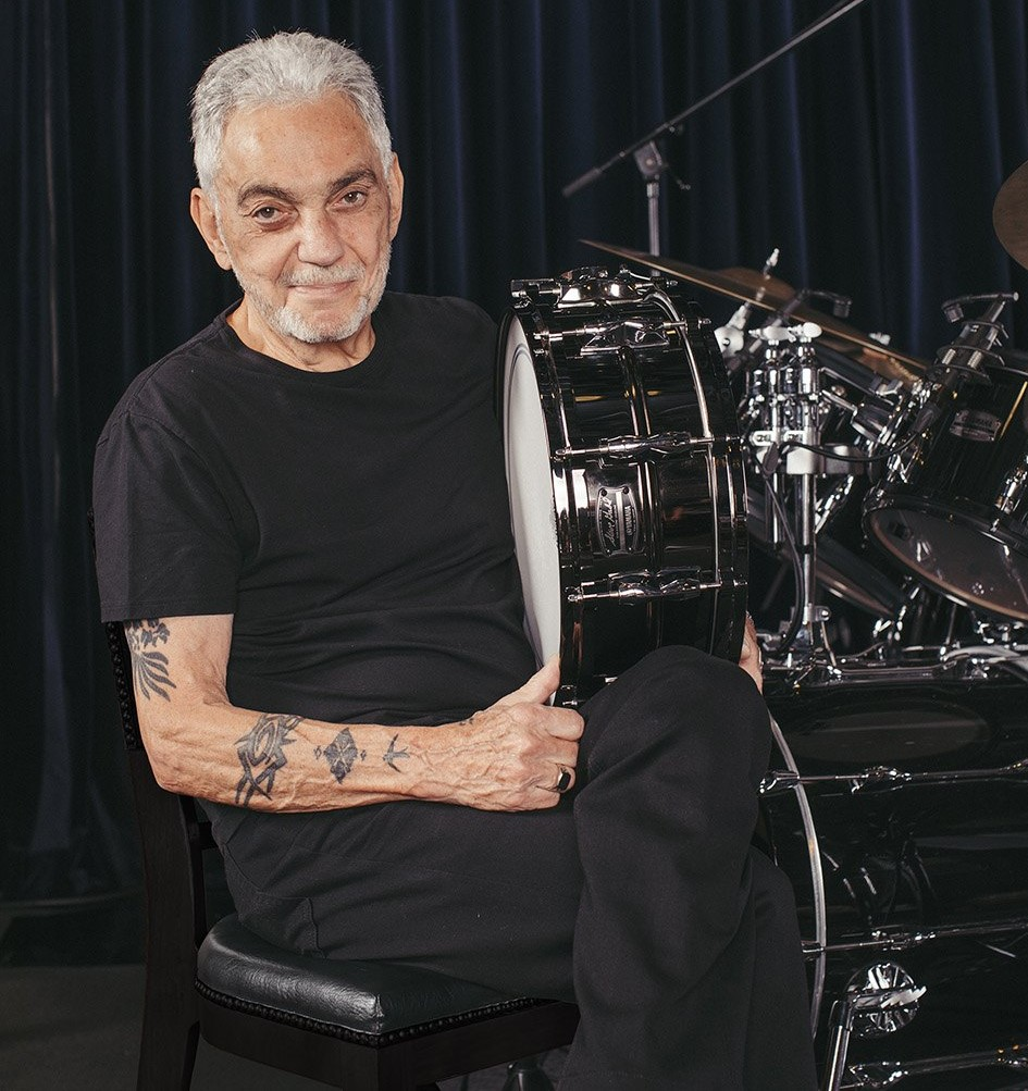 Steve Gadd poses with the new Steve Gadd Signature Snare Drum.