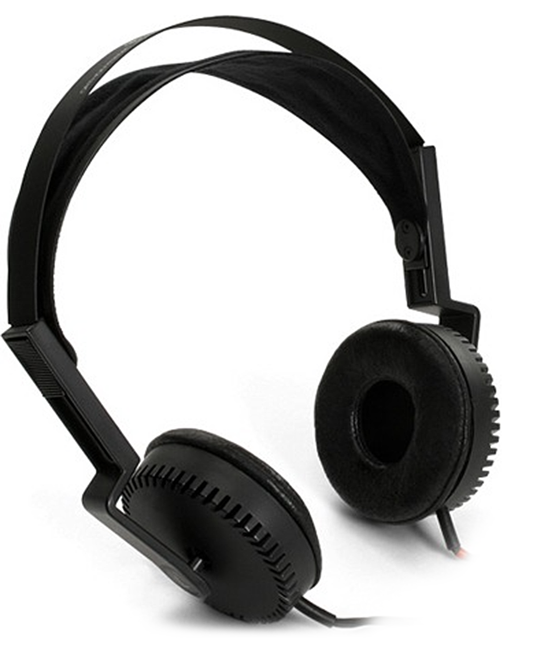 Over the head wired headphones with large ear pads.